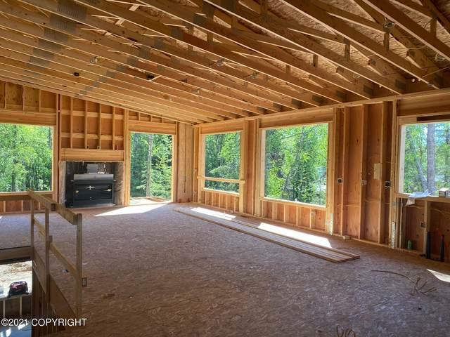 5373 Sandhill Loop, Anchorage, AK 99502 (MLS #21-12193) :: Wolf Real Estate Professionals