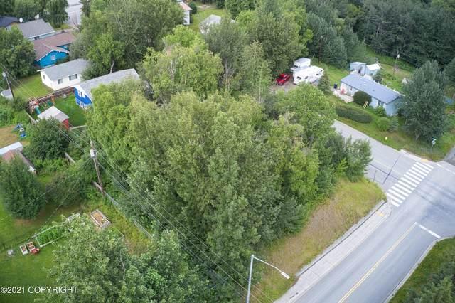 516 N Alaska Street, Palmer, AK 99645 (MLS #21-12350) :: Berkshire Hathaway Home Services Alaska Realty Palmer Office