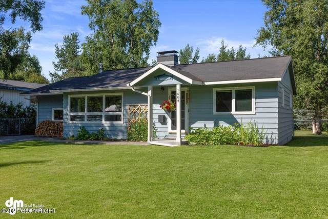 1604 Otter Street, Anchorage, AK 99504 (MLS #21-12484) :: Berkshire Hathaway Home Services Alaska Realty Palmer Office