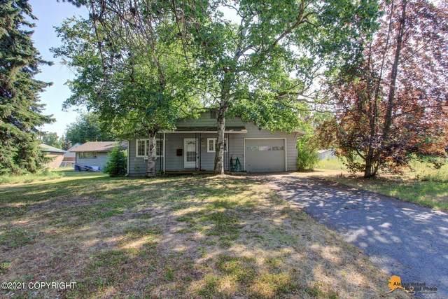 2435 Sprucewood Street, Anchorage, AK 99508 (MLS #21-13465) :: Daves Alaska Homes
