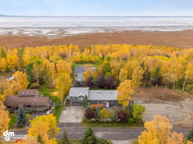 14224 Hancock Drive, Anchorage, AK 99515 (MLS #21-13842) :: Wolf Real Estate Professionals