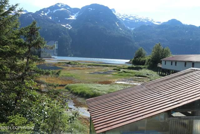 153 Salmon Way, Pelican, AK 99832 (MLS #21-13912) :: Wolf Real Estate Professionals