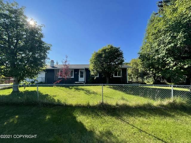 2440 Lyvona Lane, Anchorage, AK 99502 (MLS #21-14204) :: Wolf Real Estate Professionals