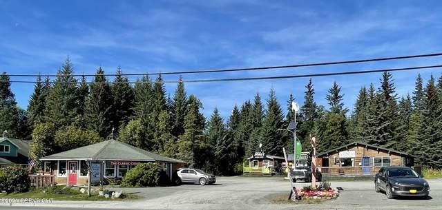 158 W Pioneer Avenue, Homer, AK 99603 (MLS #21-14742) :: Berkshire Hathaway Home Services Alaska Realty Palmer Office