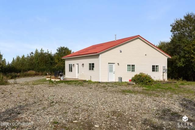 19586 W Lakes Boulevard, Big Lake, AK 99652 (MLS #21-14911) :: Daves Alaska Homes