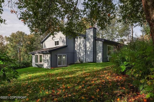 6133 Loganberry Street, Anchorage, AK 99502 (MLS #21-14927) :: Daves Alaska Homes