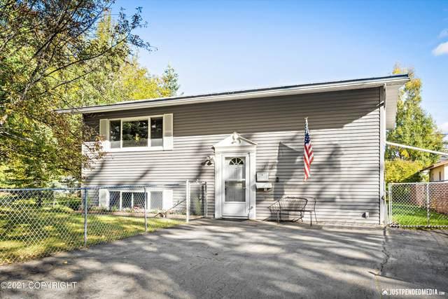 117 N Bunn Street, Anchorage, AK 99508 (MLS #21-14929) :: Daves Alaska Homes