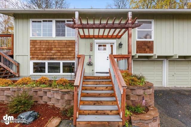 4125 Terrace Drive, Anchorage, AK 99502 (MLS #21-15352) :: Team Dimmick