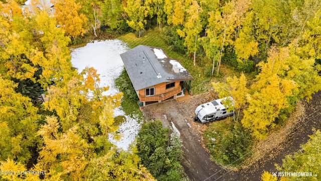 4300 Shoshoni Avenue, Anchorage, AK 99516 (MLS #21-15505) :: Team Dimmick