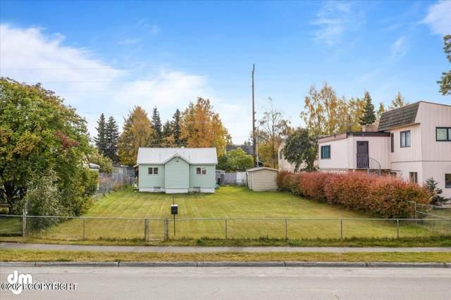 406 W 10th Avenue, Anchorage, AK 99501 (MLS #21-15745) :: Team Dimmick