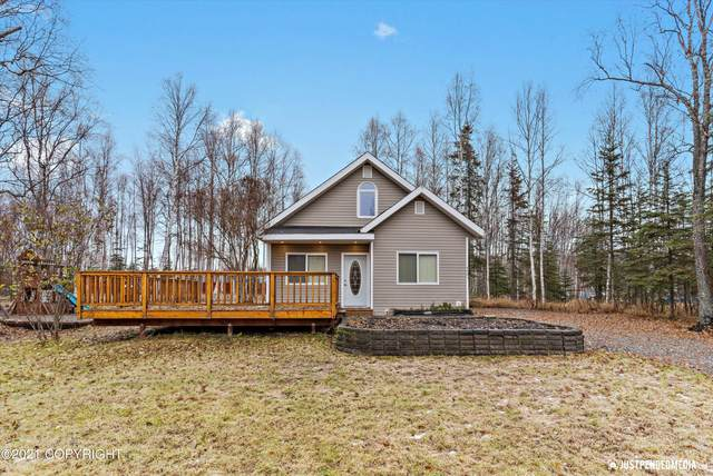 4401 S Captain Cook Circle, Wasilla, AK 99654 (MLS #21-15862) :: Wolf Real Estate Professionals