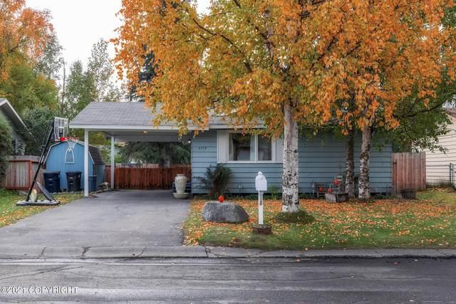 6144 E 21st Avenue, Anchorage, AK 99504 (MLS #21-16066) :: Team Dimmick