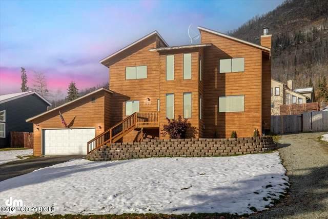 20237 Philadelphia Way, Eagle River, AK 99577 (MLS #21-16133) :: Daves Alaska Homes