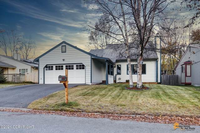 2721 W 72nd Avenue, Anchorage, AK 99502 (MLS #21-16225) :: Daves Alaska Homes