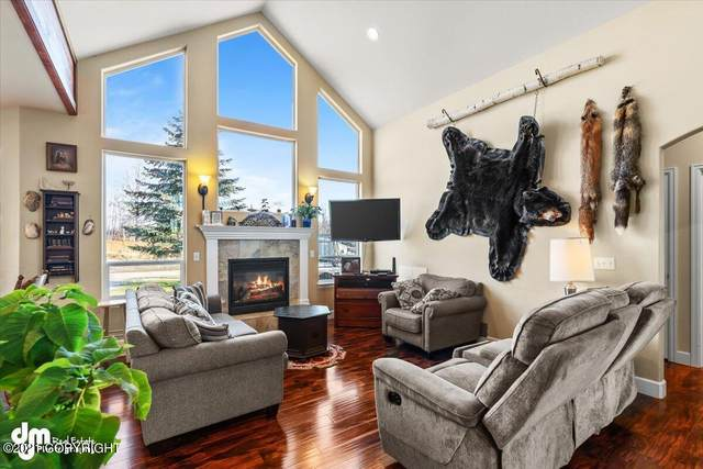 1135 Sun School Circle, Wasilla, AK 99623 (MLS #21-16357) :: Wolf Real Estate Professionals