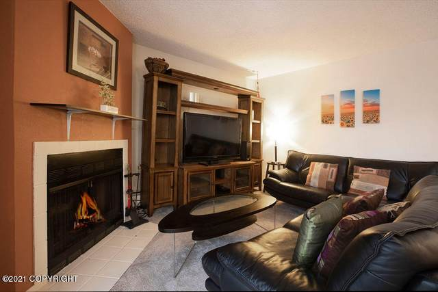 3011 Lois Drive #115, Anchorage, AK 99517 (MLS #21-260) :: Wolf Real Estate Professionals