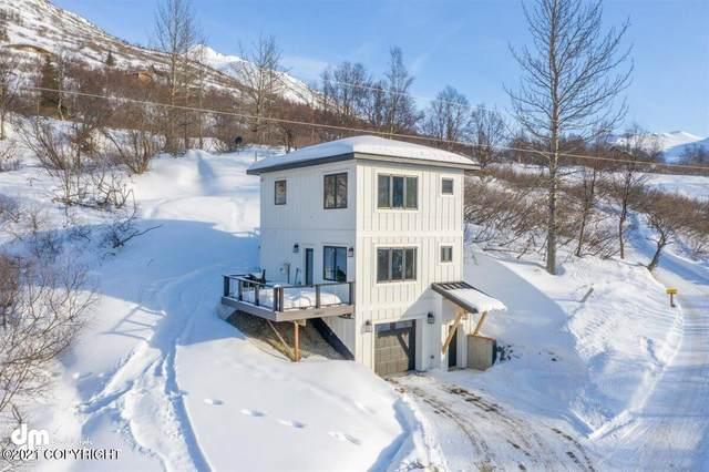 14917 Echo Canyon Road, Anchorage, AK 99516 (MLS #21-2857) :: Team Dimmick