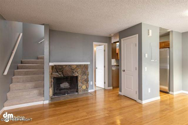 2904 W Northern Lights Boulevard #3F, Anchorage, AK 99517 (MLS #21-3113) :: Wolf Real Estate Professionals