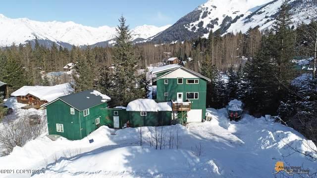 174 Alta Drive, Girdwood, AK 99587 (MLS #21-3126) :: Alaska Realty Experts