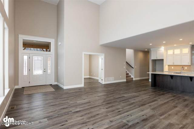 6822 E Gateway Drive, Palmer, AK 99654 (MLS #21-3161) :: Wolf Real Estate Professionals