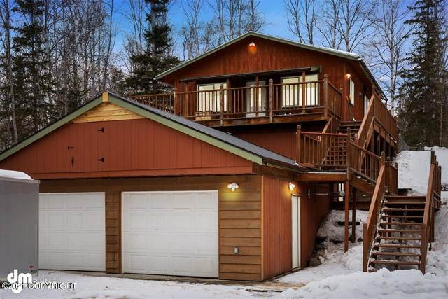 735 W Lone Cub Drive, Wasilla, AK 99654 (MLS #21-4159) :: RMG Real Estate Network | Keller Williams Realty Alaska Group