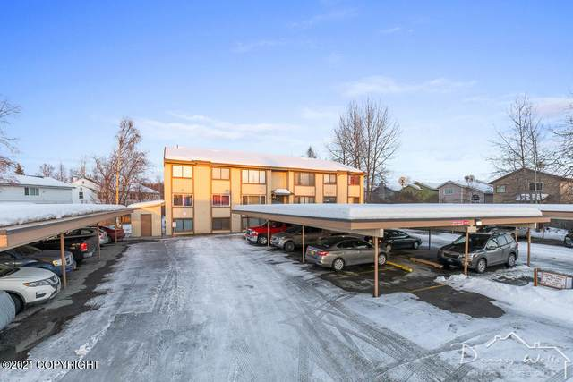 3100 Ward Place #13, Anchorage, AK 99517 (MLS #21-4314) :: Team Dimmick