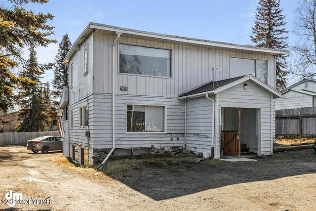 2608 W 30th Avenue, Anchorage, AK 99517 (MLS #21-455) :: Synergy Home Team