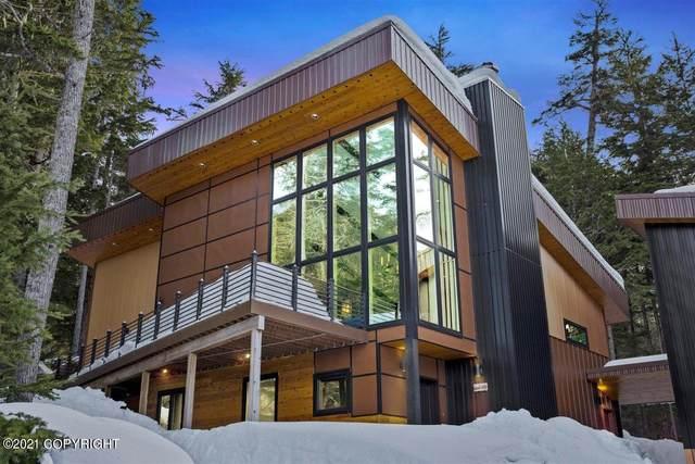 718 Vail Drive, Girdwood, AK 99587 (MLS #21-4617) :: Alaska Realty Experts