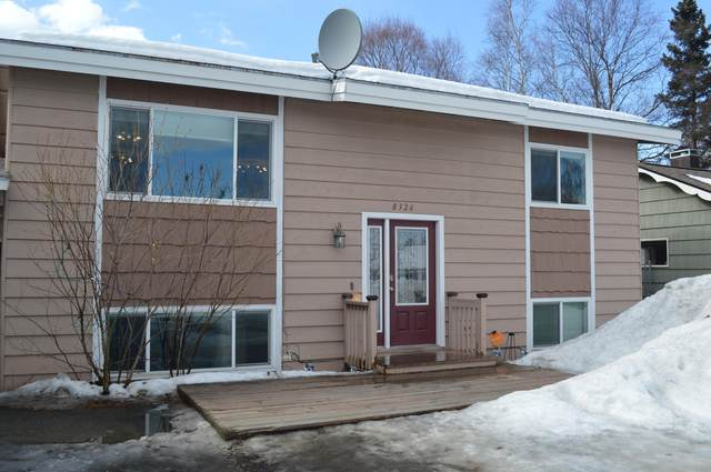 8326 Blackberry Street, Anchorage, AK 99502 (MLS #21-4671) :: RMG Real Estate Network | Keller Williams Realty Alaska Group