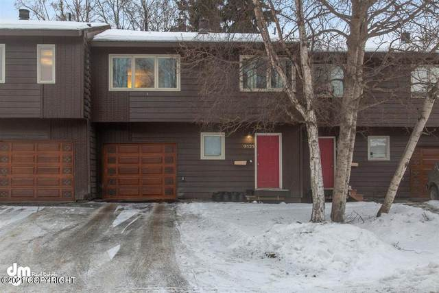 9525 Liberty Circle #136, Anchorage, AK 99515 (MLS #21-505) :: Wolf Real Estate Professionals