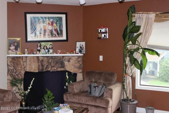 8050 Pioneer Drive #607, Anchorage, AK 99504 (MLS #21-635) :: RMG Real Estate Network   Keller Williams Realty Alaska Group