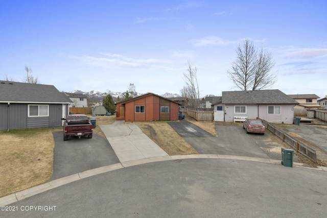 6301 Newt Drive, Anchorage, AK 99507 (MLS #21-6517) :: Synergy Home Team