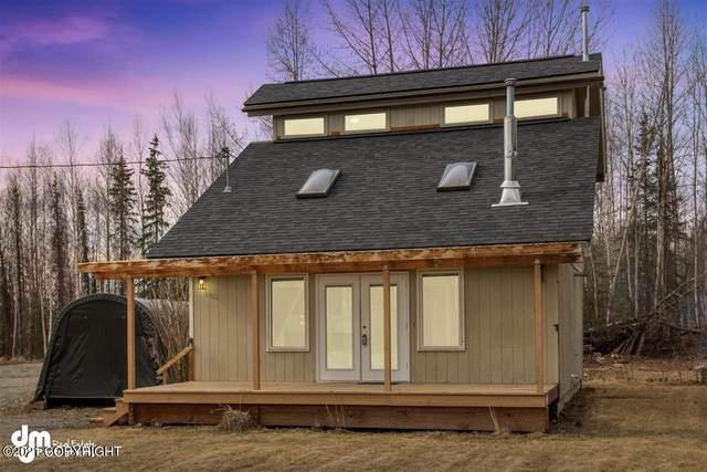 6951 W Beverly Lake Road, Wasilla, AK 99623 (MLS #21-6656) :: Synergy Home Team