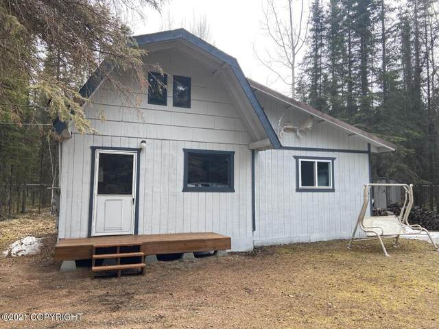 39205 Alma Avenue, Soldotna, AK 99669 (MLS #21-6873) :: Wolf Real Estate Professionals