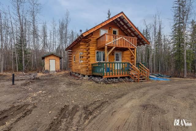 1020 Chickadee Loop, Fairbanks, AK 99712 (MLS #21-6875) :: The Adrian Jaime Group | Real Broker LLC