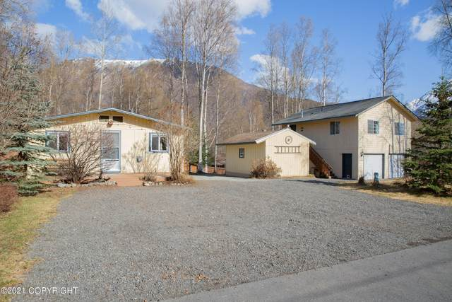 21661 Madsen's Place, Chugiak, AK 99567 (MLS #21-6918) :: Wolf Real Estate Professionals