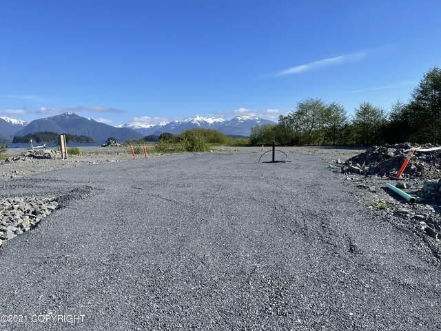 420 Alice Loop, Sitka, AK 99835 (MLS #21-7530) :: Berkshire Hathaway Home Services Alaska Realty Palmer Office