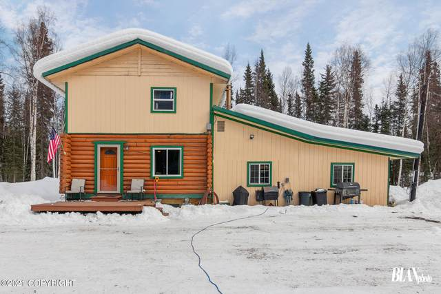 3183 Four D Court, North Pole, AK 99705 (MLS #21-7782) :: Wolf Real Estate Professionals