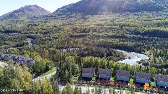 19982 Driftwood Bay Drive #14, Eagle River, AK 99577 (MLS #21-8572) :: Wolf Real Estate Professionals