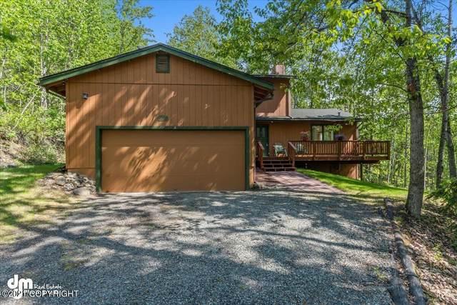26066 Log Cabin Circle, Eagle River, AK 99577 (MLS #21-8802) :: Wolf Real Estate Professionals