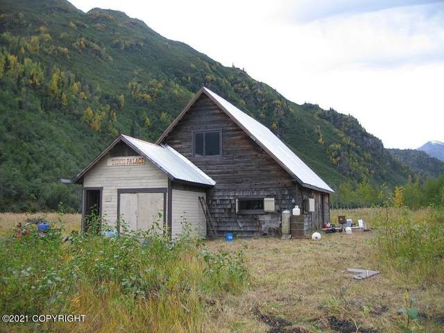Lts 3,4&17 Tiekel Station (No Road), Chitina, AK 99566 (MLS #21-8824) :: Berkshire Hathaway Home Services Alaska Realty Palmer Office