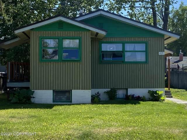 417 N Flower Street, Anchorage, AK 99504 (MLS #21-8962) :: RMG Real Estate Network | Keller Williams Realty Alaska Group