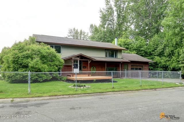 1906 Thunderbird Place, Anchorage, AK 99503 (MLS #21-9006) :: RMG Real Estate Network | Keller Williams Realty Alaska Group