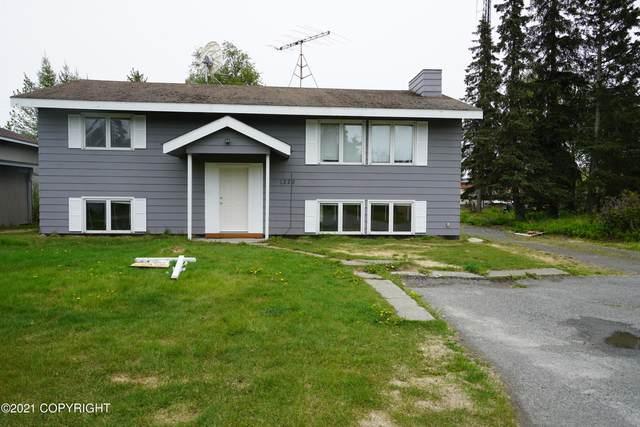 1228 Lilac Lane, Kenai, AK 99611 (MLS #21-9056) :: Wolf Real Estate Professionals