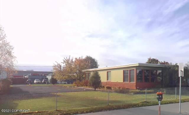 218 E 4th Avenue, Anchorage, AK 99501 (MLS #21-9120) :: Synergy Home Team