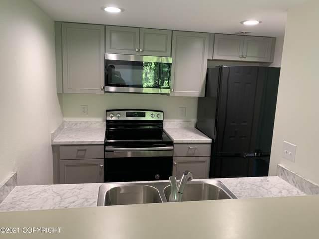 9645 Independence Drive #D-303, Anchorage, AK 99507 (MLS #21-9158) :: RMG Real Estate Network | Keller Williams Realty Alaska Group
