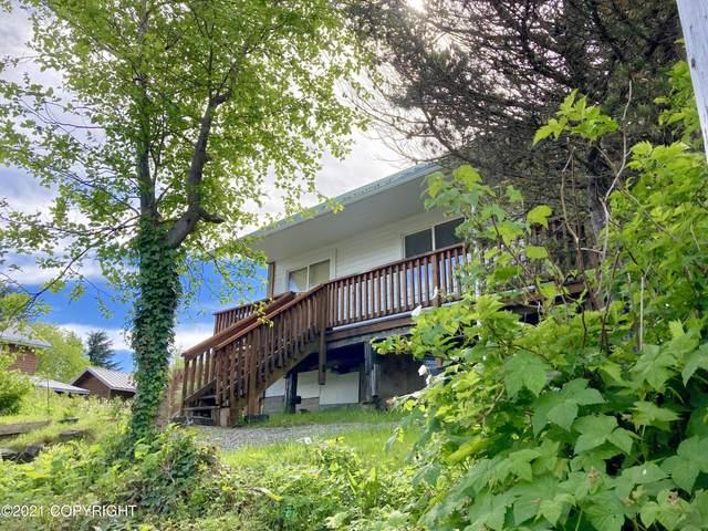 403 9th Street, Craig, AK 99921 (MLS #21-9454) :: Berkshire Hathaway Home Services Alaska Realty Palmer Office