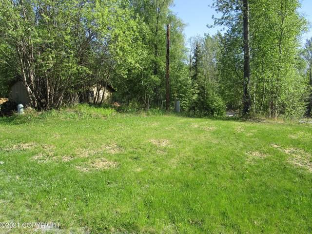 16902 Meadow Creek Drive, Eagle River, AK 99577 (MLS #21-9563) :: Daves Alaska Homes