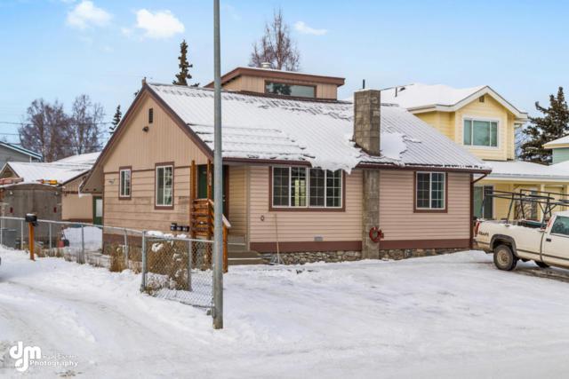 608 N Park Street, Anchorage, AK 99508 (MLS #18-1303) :: RMG Real Estate Network | Keller Williams Realty Alaska Group