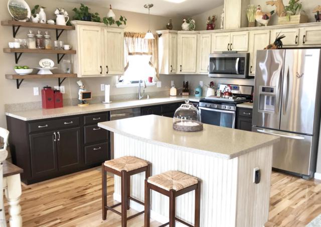 8992 Eagle River Lane, Eagle River, AK 99577 (MLS #18-5811) :: Core Real Estate Group